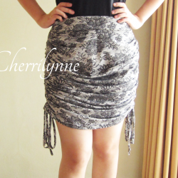 Skirt with Drawstrings at The Sides